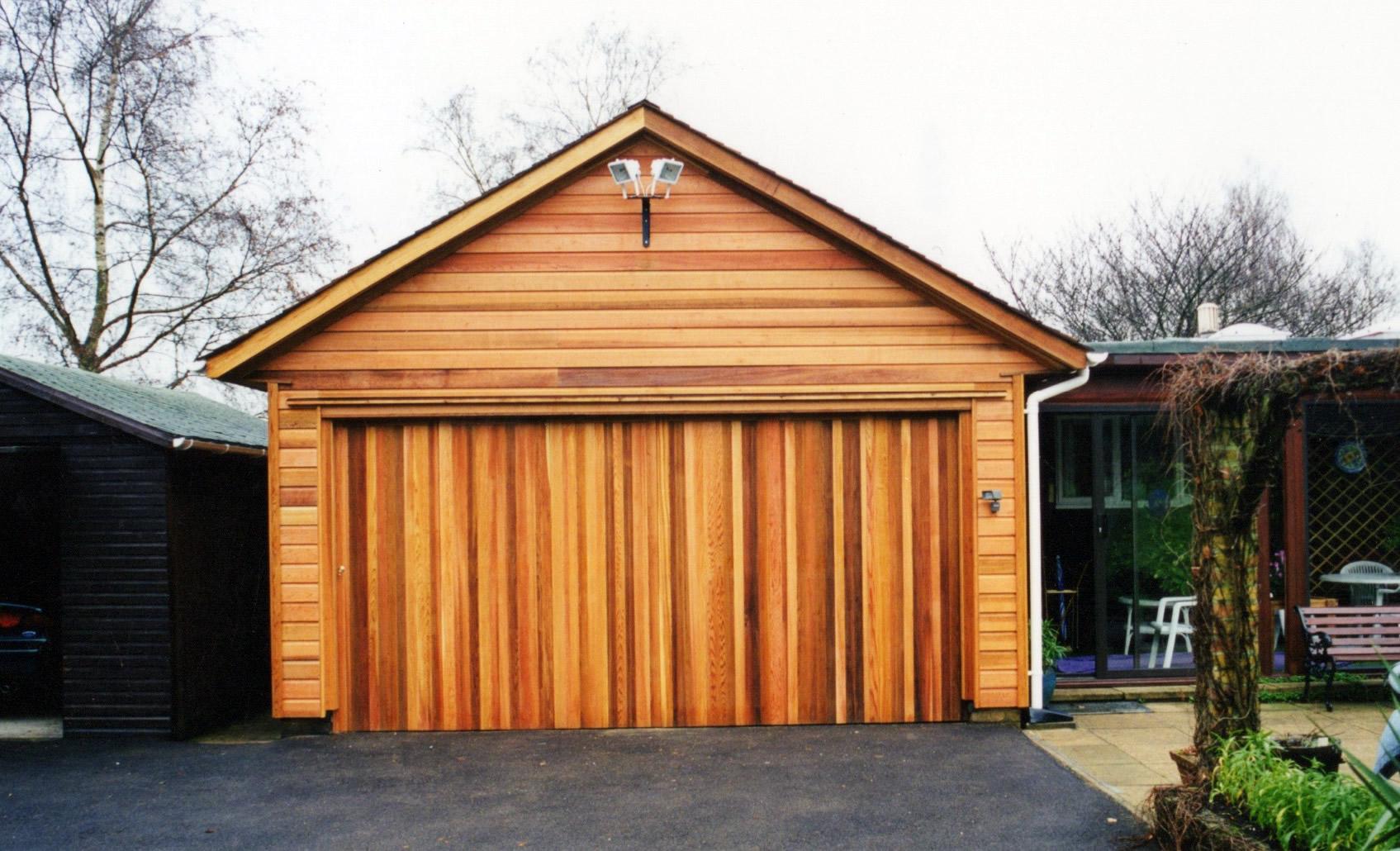 Large Garage Colt Houses